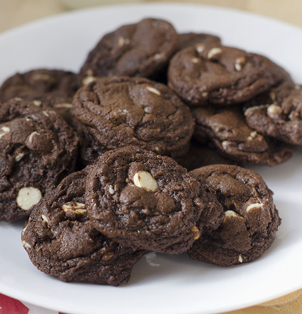 Double White Chocolate Chip Cookies double chocolate chip cookie ...