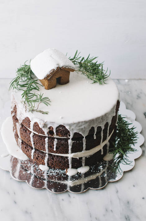 One bowl gingerbread layer cake the cake merchant for Decoration layer cake