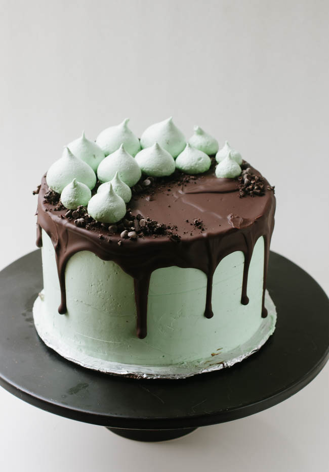 Mint Chocolate Cookie Crunch Cake