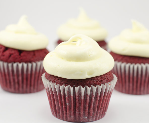One Bowl Red Velvet Cupcakes | The Cake Merchant