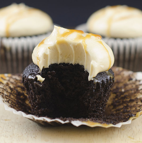 how to make salted caramel chocolate cupcakes