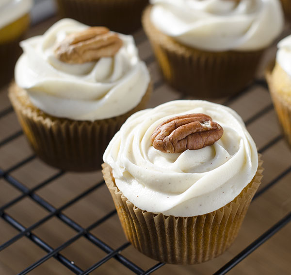 Pumpkin Cupcakes With Cinnamon Cream Cheese Frosting The